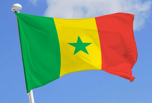 Senegal   Strade, statue e domande scomode